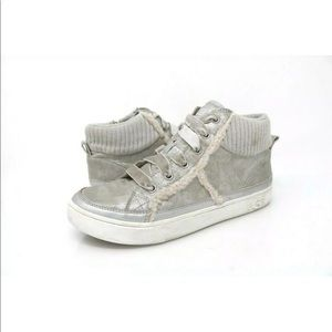 UGG Shoes | Girls Addie Trainer Sneaker